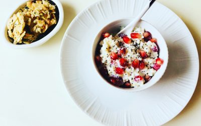 Yogurt with Brown Rice,Quinoa,Chia Seeds,and Pomegranate