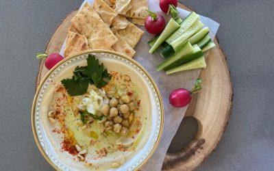 Creamy Israeli Hummus by Spice My Day